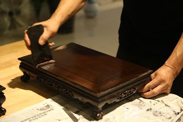 巧木雕艺——第五届国际非遗节两河木雕艺术展在蓉开幕