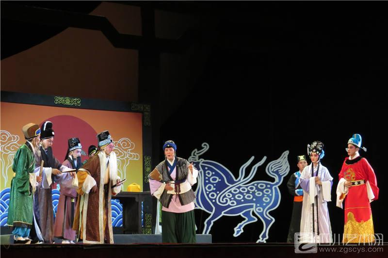 川剧《报恩塔》在泸州全新亮相 拉开全省戏剧调演帷幕