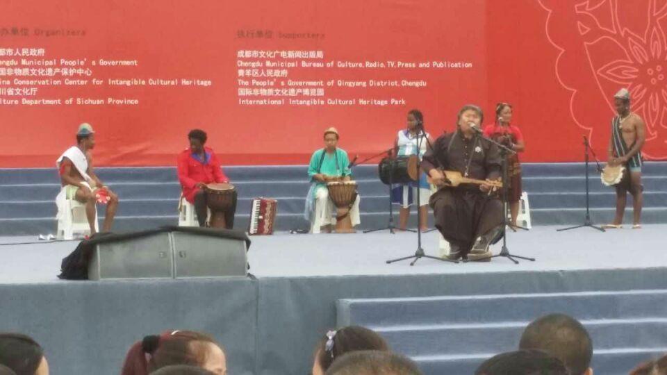 非遗节现场马达加斯加表演 11:23AM