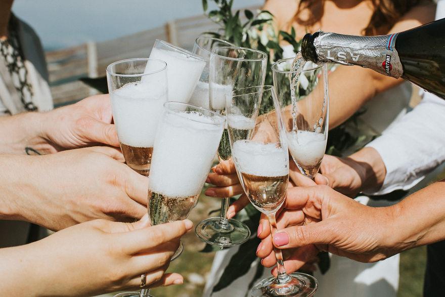 欧洲绝美的结婚旅拍 在山间享受幸福时