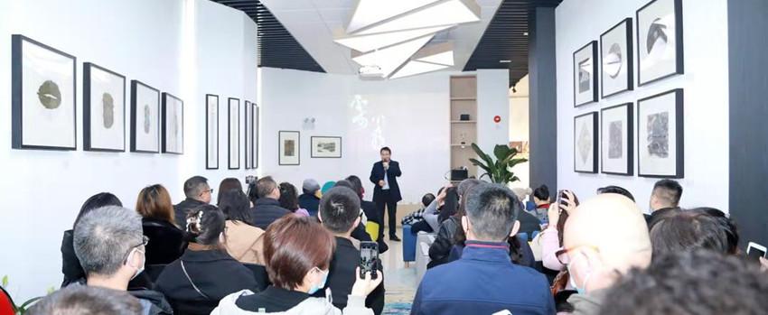 """""""不可小看——霍晓艺术个展"""" 在西部文化产业中心招商中心开幕"""
